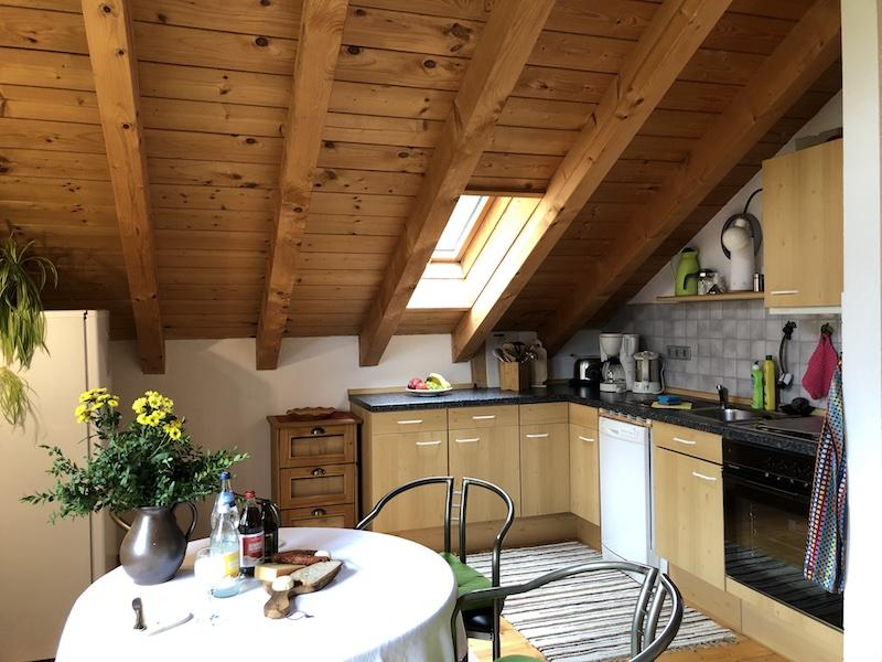 FeWo Wiesenblick: Wohnküche mit Essecke