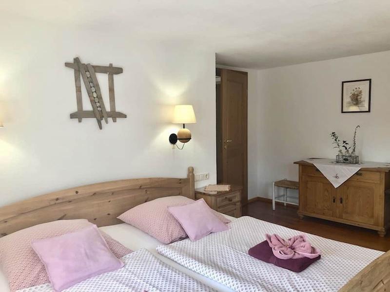 Schlafzimmer 1 FeWo Margarethenblick
